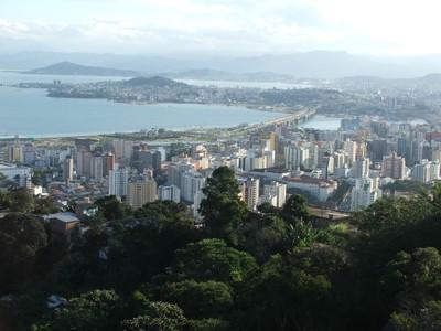 Maciço do Morro da Cruz. Foto Andrea Mosqueta
