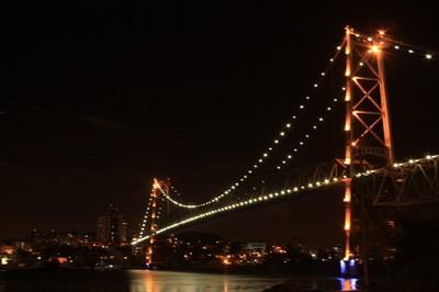 Ponte Hercílio Luz, em Florianópolis. Foto: Lucênio Zanoni