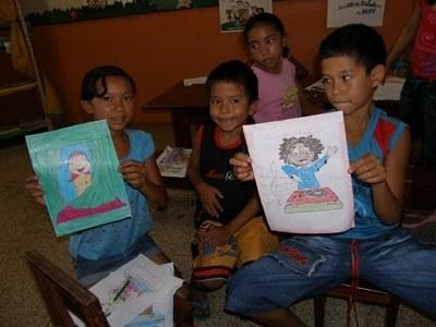 Crianças participam do projeto Bairro Cidadão