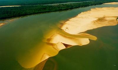 Rio Araguaia. Foto: Márcio Di Pietro