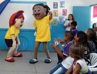 Duas escolas de Paulo Afonso (BA) receberam visitas da Turminha do MPF na semana das crianças